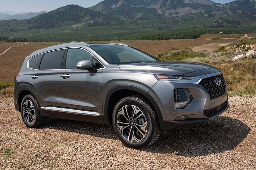 Cars.com Names Top Midsize SUV