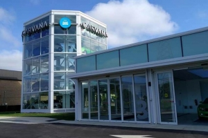 Carvana Opens First California Site