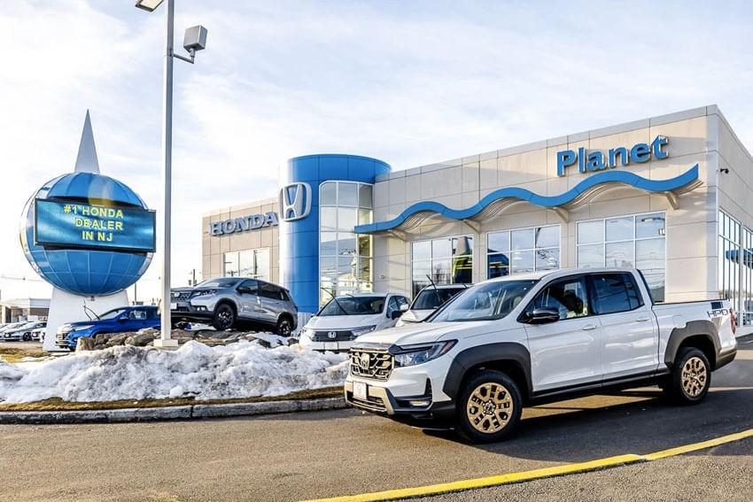 Lithia Acquires Planet Honda