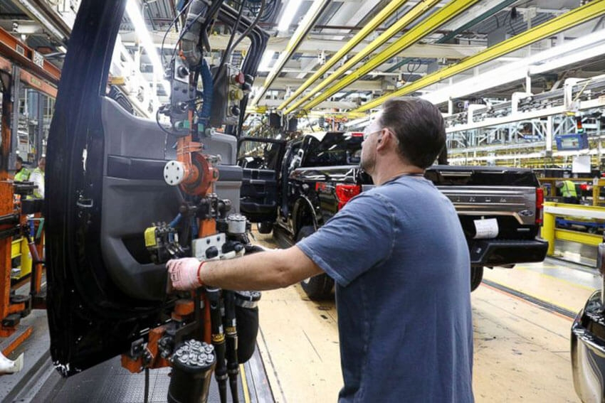 Ford Retail Sales Fall 14 Percent in Q2
