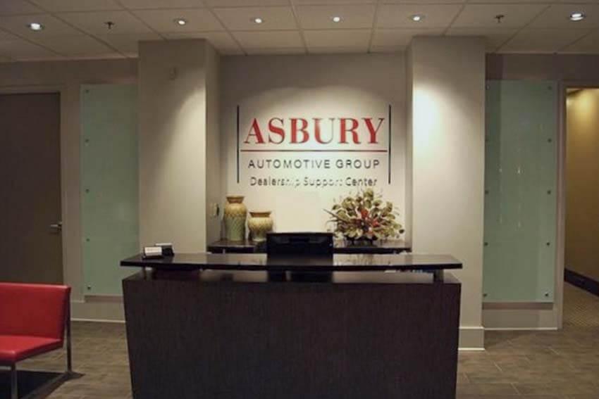 Asbury: Net Income Falls