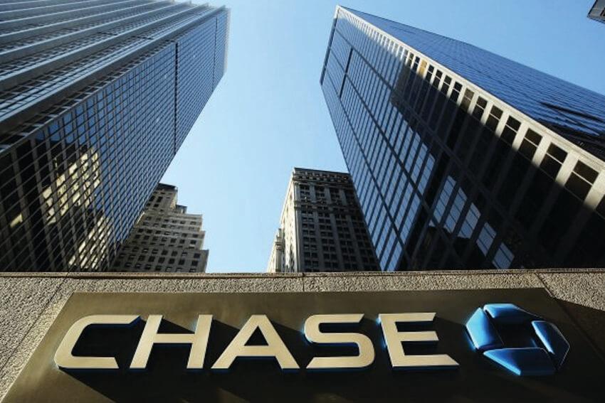 Chase Auto Renews Subaru Partnership