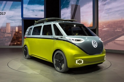 Volkswagen I.D. Buzz introduced at the North American International Auto Show in Detroit in 2017 begins production in China this year.