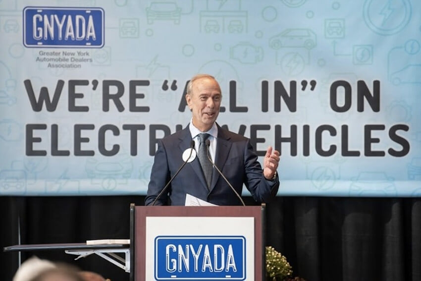 Dealers Host EV Event for Lawmakers