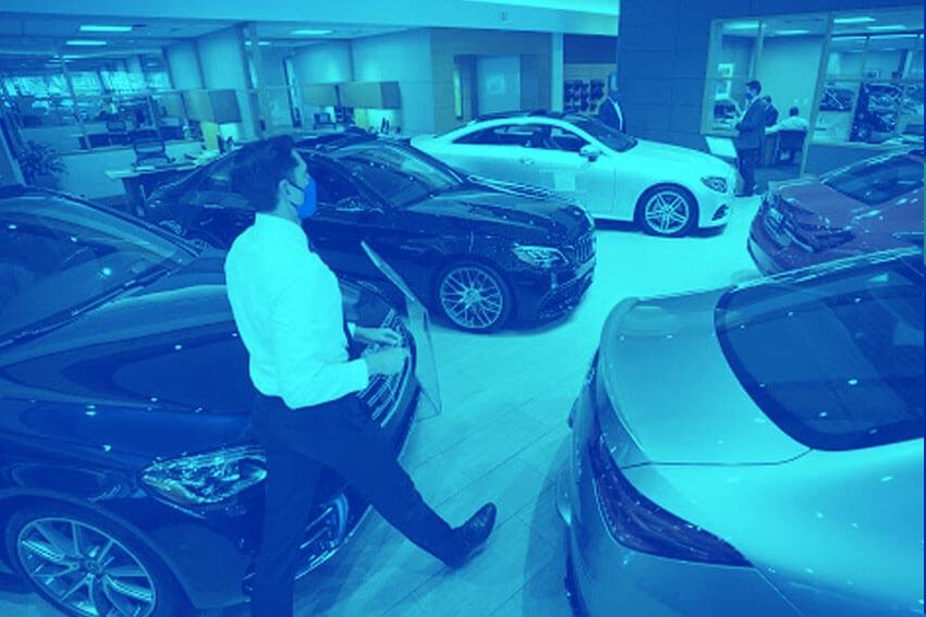 Edmunds: First Quarter Sales Dip