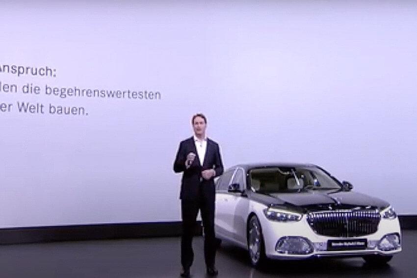 Daimler AG Shareholders Vote for Spin-Off
