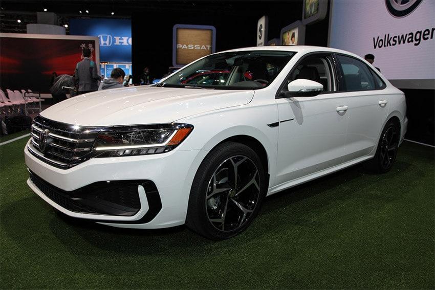 VW Recalls Vehicles for Headlamps